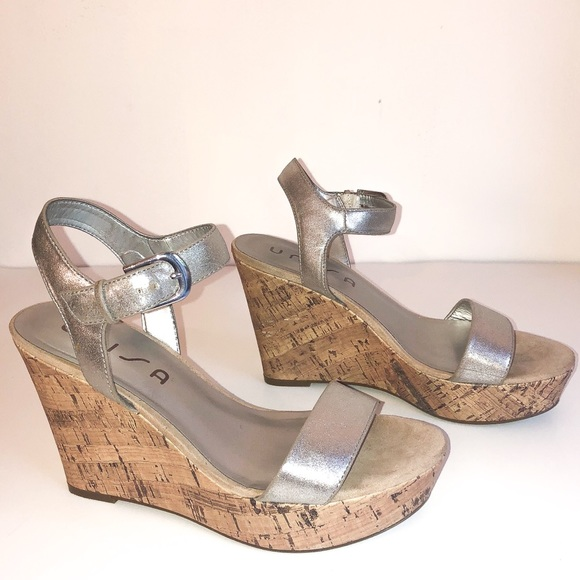 1a4f507576e UNISA CORK WEDGE SANDALS. M 5c44ee1cc89e1d115437f205